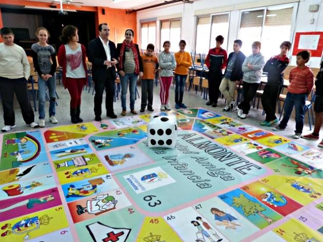 Almonte (Huelva), Dos Torres (Córdoba) y Vícar (Almería) solicitan a UNICEF el Reconocimiento de 'Ciudades Amigas de la Infancia 2014'