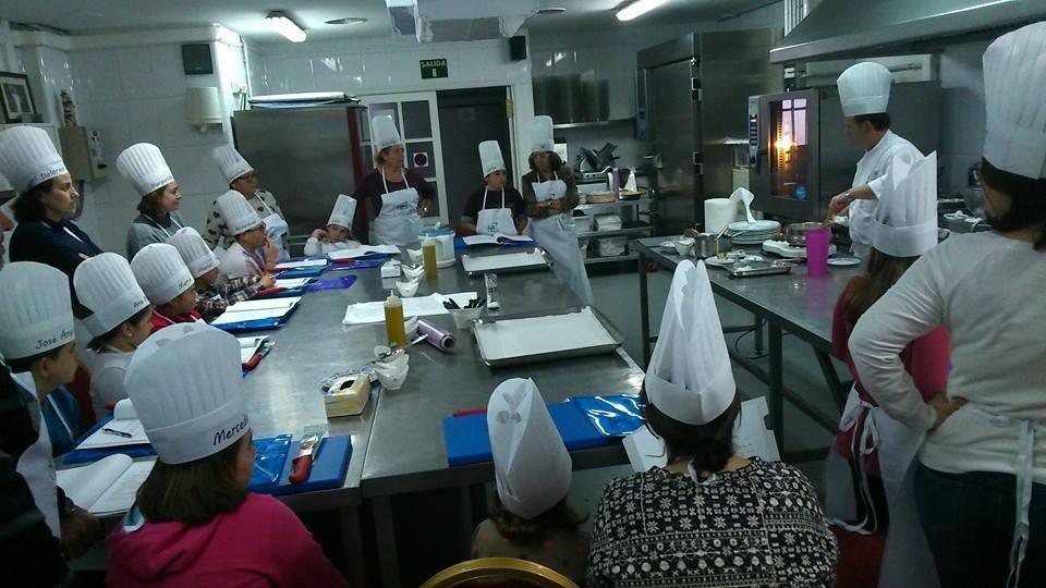 Taller De Cocina | Primer Taller De Cocina En Familia Y Corresponsabilidad En Vera