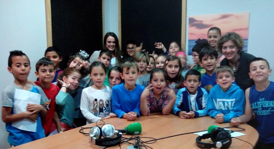 Más de 400 niños, niñas y jóvenes participan en el Programa de Radio Escolar en Conil de la Frontera (Cádiz)