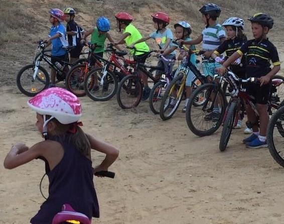 Ruta cicloturista infantil en San Bartolomé de la Torre (Huelva)