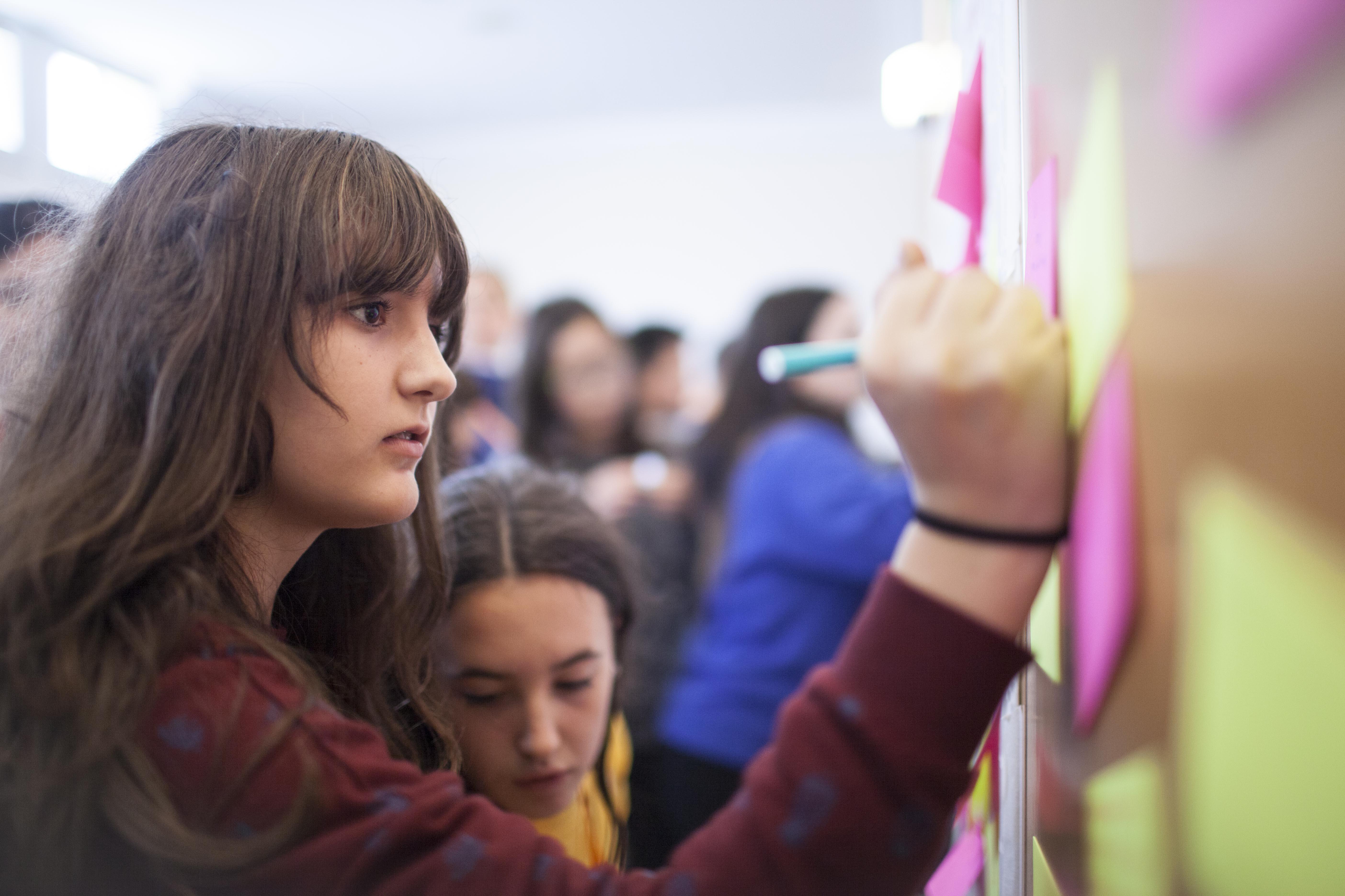 Los niños y las niñas elaboran su propio Manifiesto