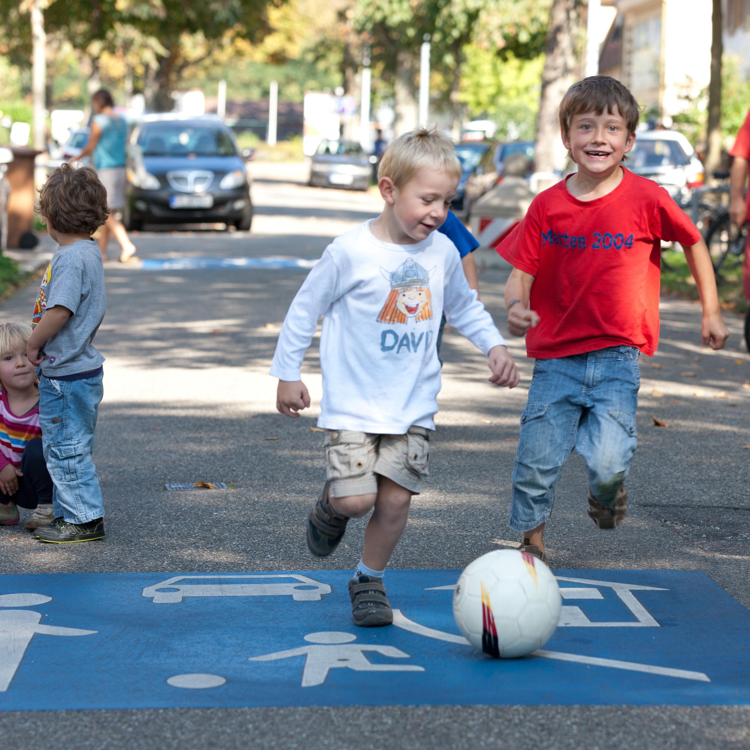 Ciudades y niños: crecer a contracorriente