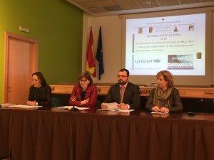 María Alvarez, Pilar Varela, Adrian Barbón y María José Platero