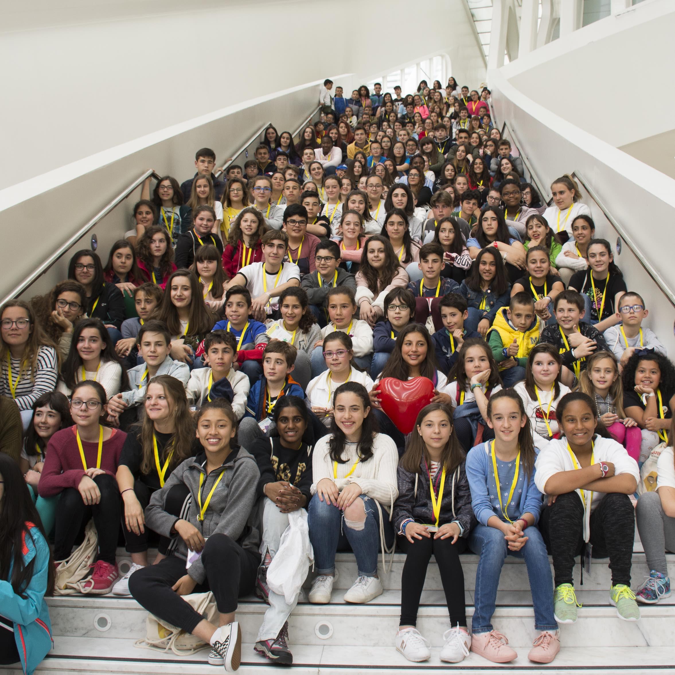 200 niños y niñas de toda España construyen en Oviedo la nueva geometría de sus derechos