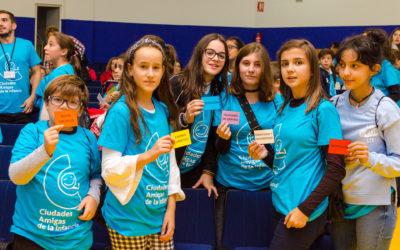 """Los niños y niñas de Extremadura tienen una nueva cita con la participación, y su lema este año será: """"por todos mis compañeros"""""""