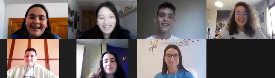 Los participantes en la sesión: Irene, Andrea, Alexis, Lara (moderadora), Emilio, Clara y Lucía