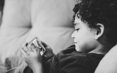 Se dispara el uso de pantallas en niños y niñas durante el confinamiento